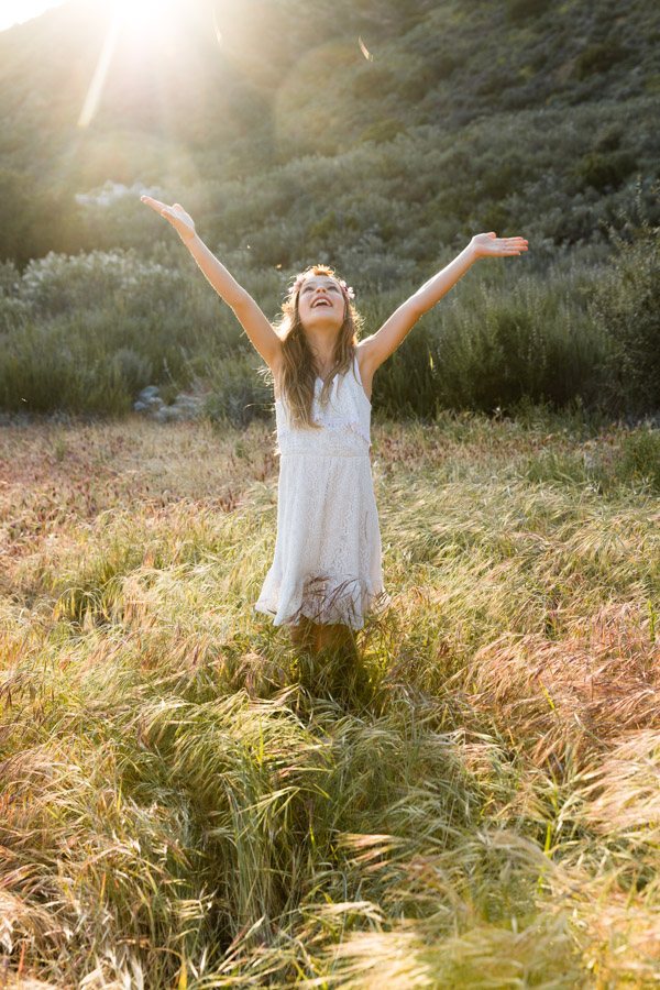 girl in the fields, boho style