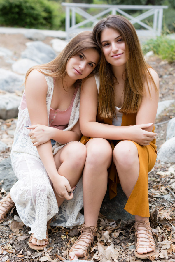 teen sisters, twins, seniors