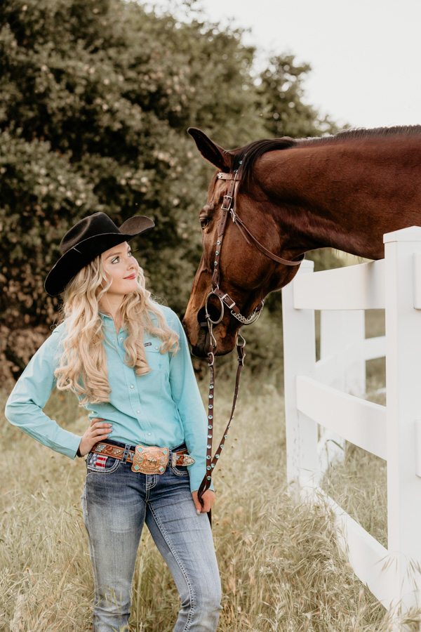 senior session. girl and horse