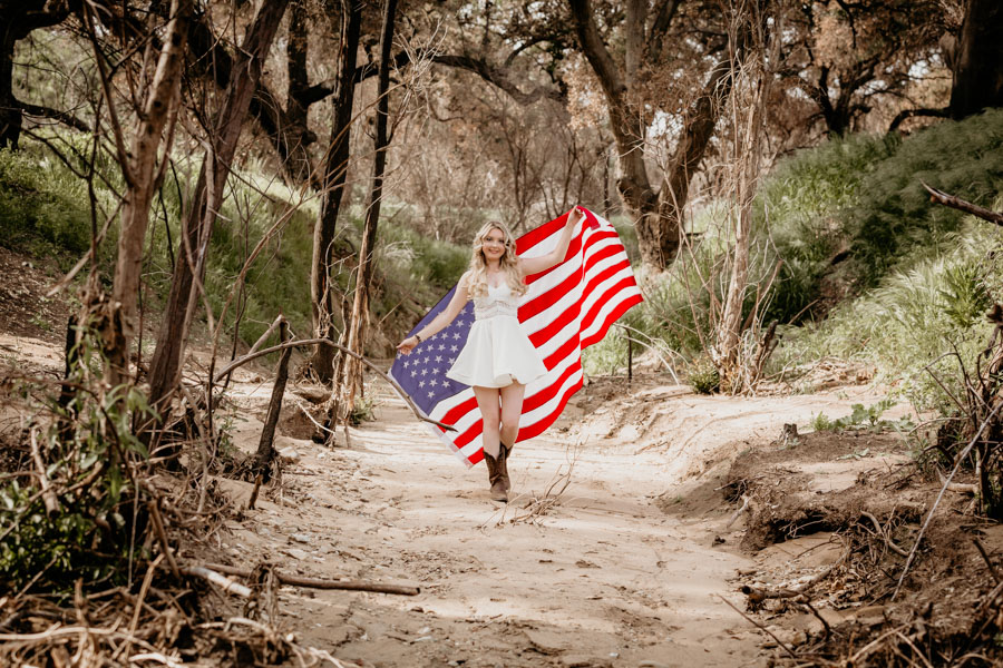 senior session, us flag