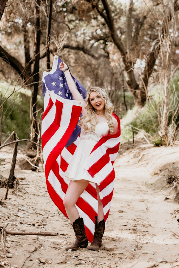 senior session, girl and usa flag
