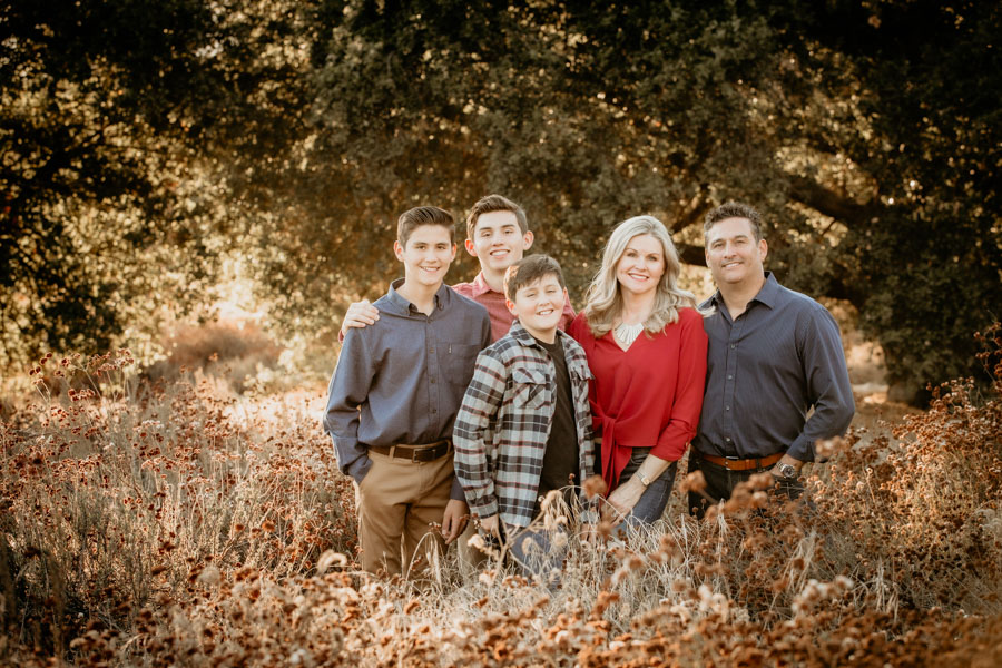 family, portraits, boys, golden hour