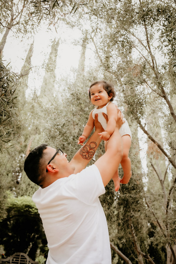 father and daughter, babies, family portraits
