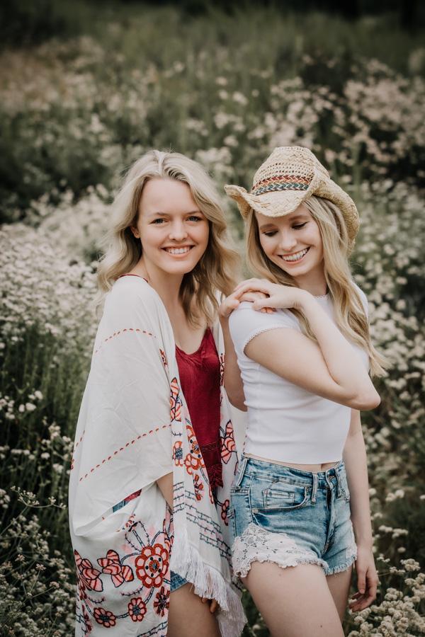 senior portraits, teen girls, senior model team