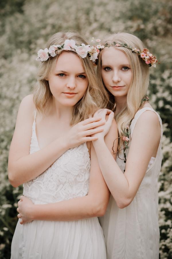 beat friends, senior portraits, teen girls, senior model team